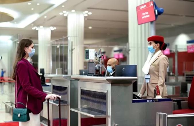Emirates pierwsze linie z IATA Travel Pass na sześciu kontynentach
